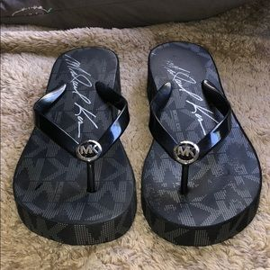 Michael Kors Black Platform Sandals Size 8